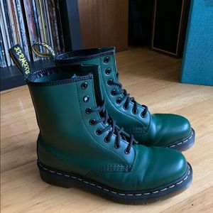Green Smooth Leather 1460 Doc Martens